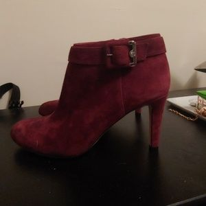 Vince Camuto Booties, size 8.5